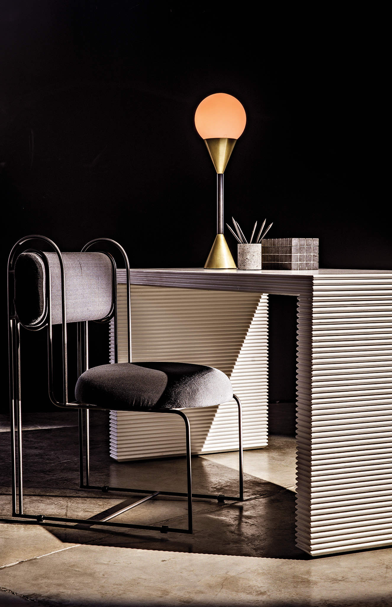 Manhattan Desk with Daisy Chair