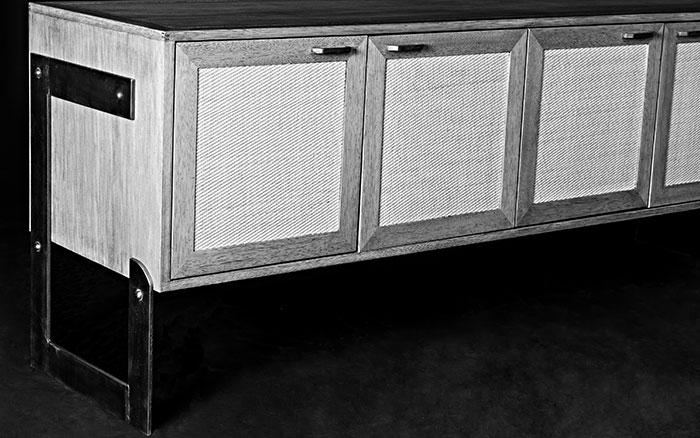 Dresser Console